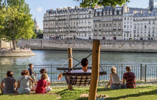 Paris Août 02